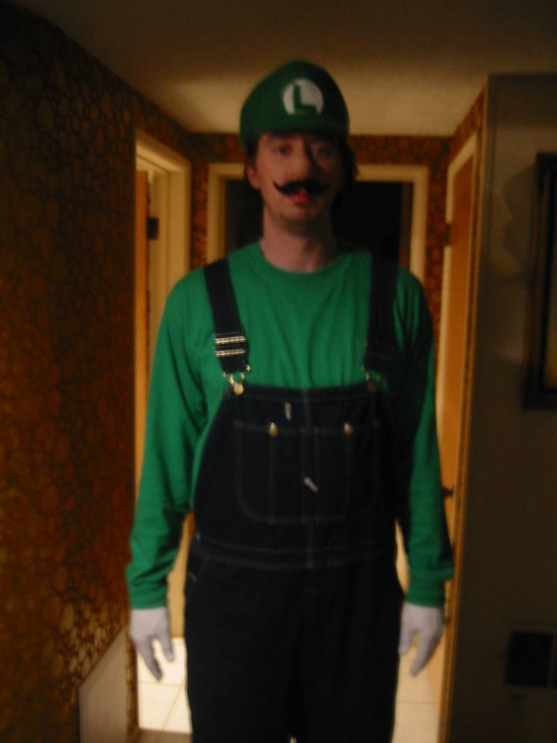 THE Official TWBB Behind The Scenes Photos and Videos - Page 4 Luigi10