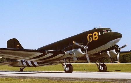 Douglas C-47 Dakota 16994710