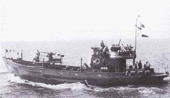 TESTBAU Kriegsfischkutter KFK 133 (UJ 1766), KMW² in 1/250 Kfk10