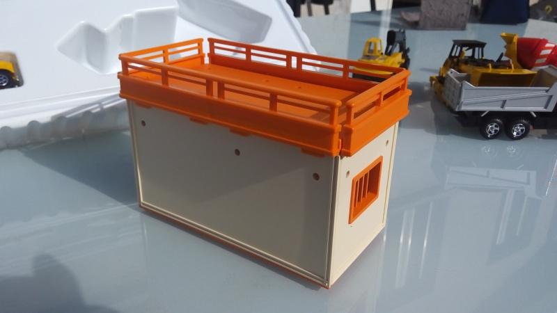 cabane de chantier  14289320
