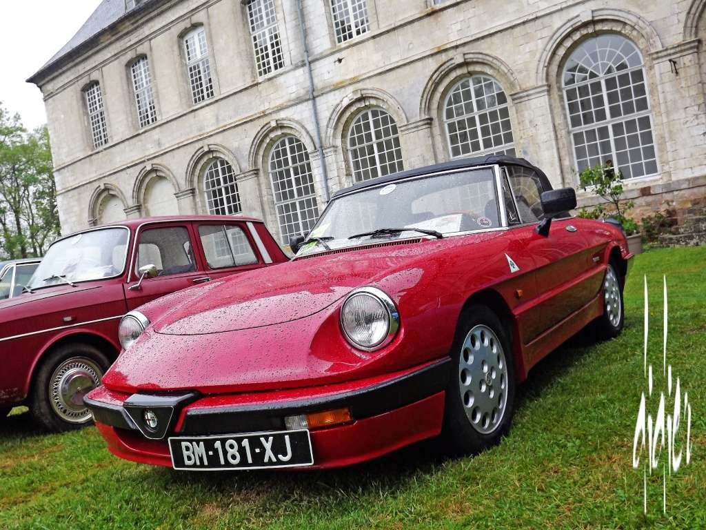 Photos exposition voitures anciennes 2015 à Frévent - Page 2 Dscf1326