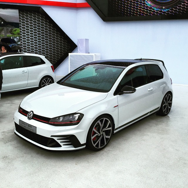 Golf GTI Clubsport (version commerciale !) 1/1 Aa211