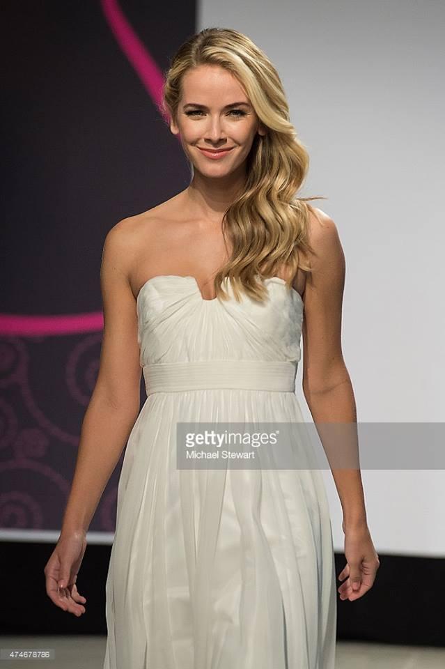Olivia Jordan - Olivia Jordan (UNITED STATES WORLD 2013 & USA UNIVERSE 2015) 11057510