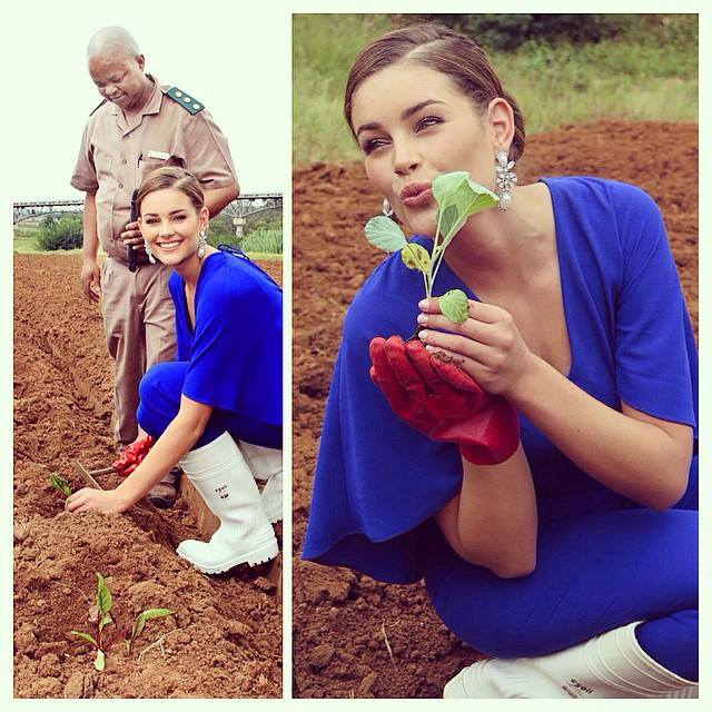 The Official Thread of Miss World 2014 ® Rolene Strauss- South Africa - Page 11 11083612