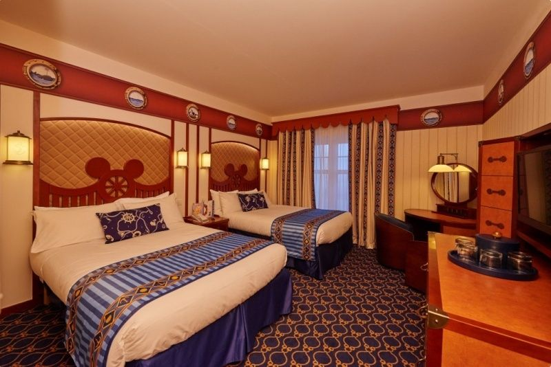 Disney's Newport Bay Club - Page 2 10010