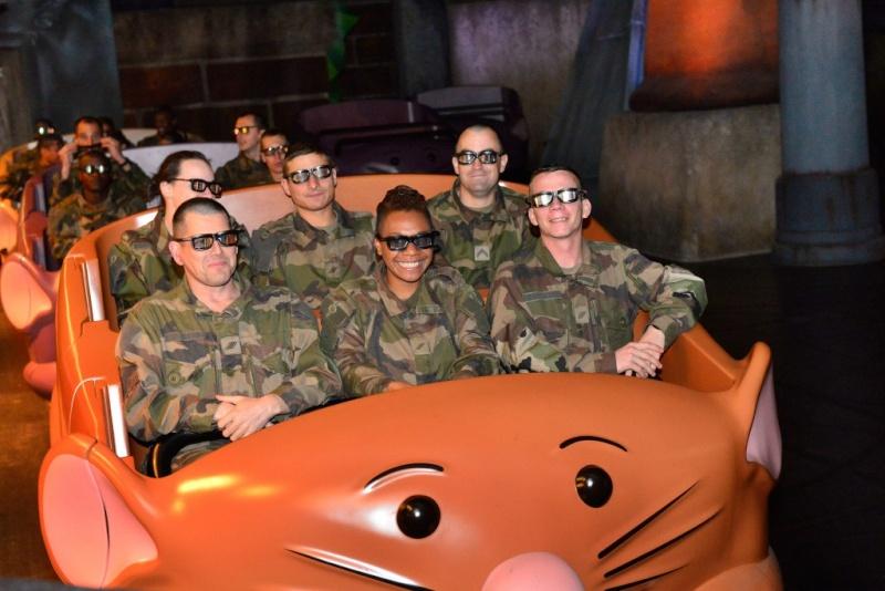 Disneyland Paris accueille le Gouverneur Militaire de Paris  Dsc84110
