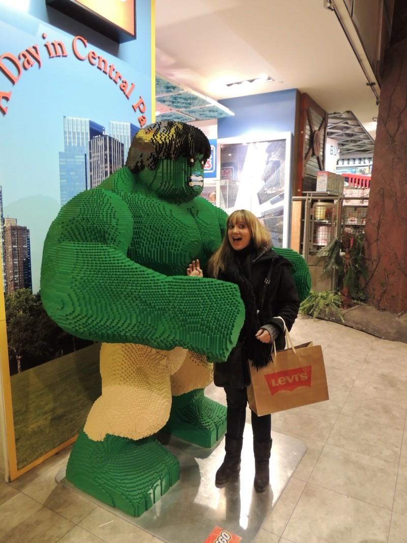 Visite du Disney Store de Times Square à New York  - Page 2 Dscn1610