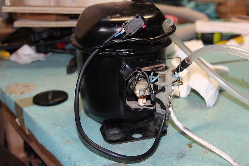 [Résolu] Cablage moteur frigo avec micro switch Img_0818