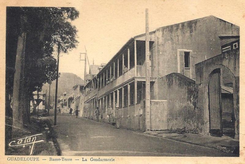 LA GENDARMERIE D'OUTRE-MER Guadel10