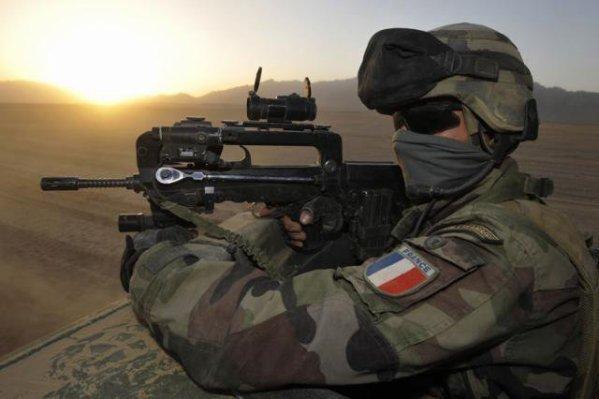 Des haut-gradés de l'armée française rêvent-ils d'un putsch contre le gouvernement ? Mali-m10