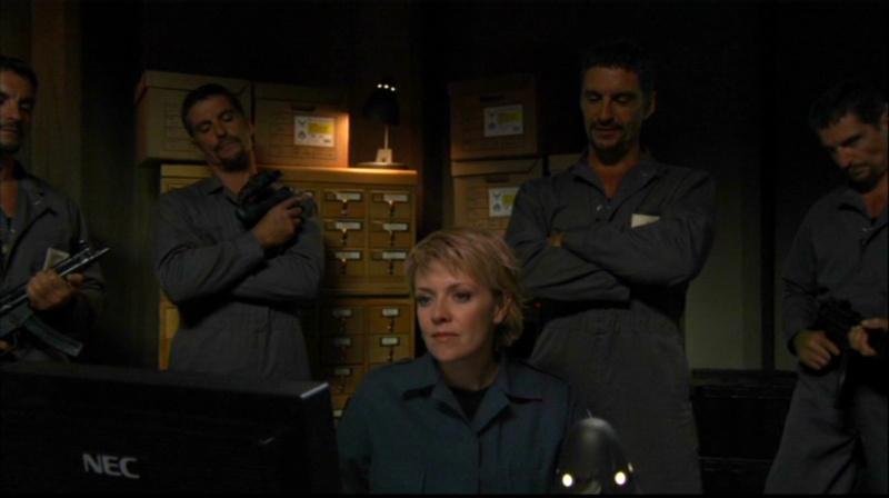 "Série ""Stargate - SG1"" (2) - Page 5 Pdvd_076"
