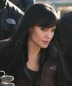Angelina fazendo mais cenas de SALT,em frente o rio Hudson,em NY 29.12.09 0111