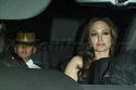 "Familia Jolie-Pitt em Premiere de ""Invictus"" 03.12.09 310"