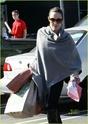 """Angelina leva Shiloh e Zahara ao mercado """"Whole foods"""" na california 16.01.10 Angeli47"""