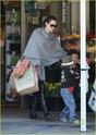 """Angelina leva Shiloh e Zahara ao mercado """"Whole foods"""" na california 16.01.10 Angeli52"""