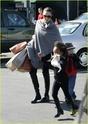 """Angelina leva Shiloh e Zahara ao mercado """"Whole foods"""" na california 16.01.10 Angeli55"""