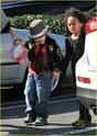 """Angelina leva Shiloh e Zahara ao mercado """"Whole foods"""" na california 16.01.10 Angeli62"""