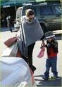 """Angelina leva Shiloh e Zahara ao mercado """"Whole foods"""" na california 16.01.10 Angeli64"""