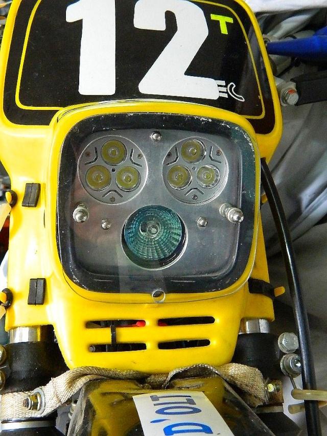 Phare additionnel à LED Dscn4810