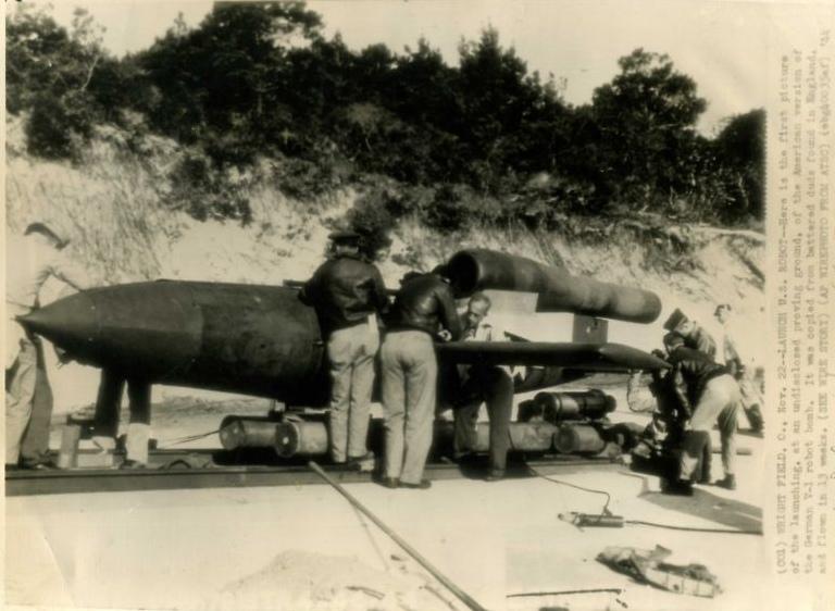 Fieseler Fi 103 V-1 Flying Bomb 63035610