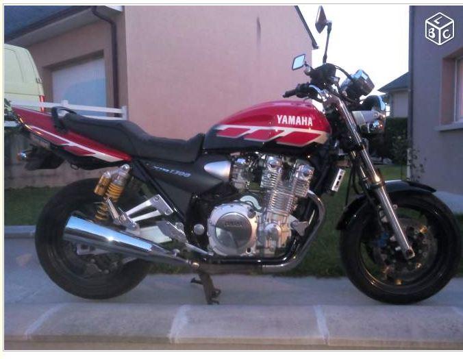 Mon XJR 1300 SP Rouge ! (le rouge ça va plus vite^^) 211