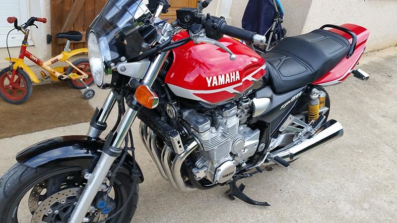 Mon XJR 1300 SP Rouge ! (le rouge ça va plus vite^^) Gauche10