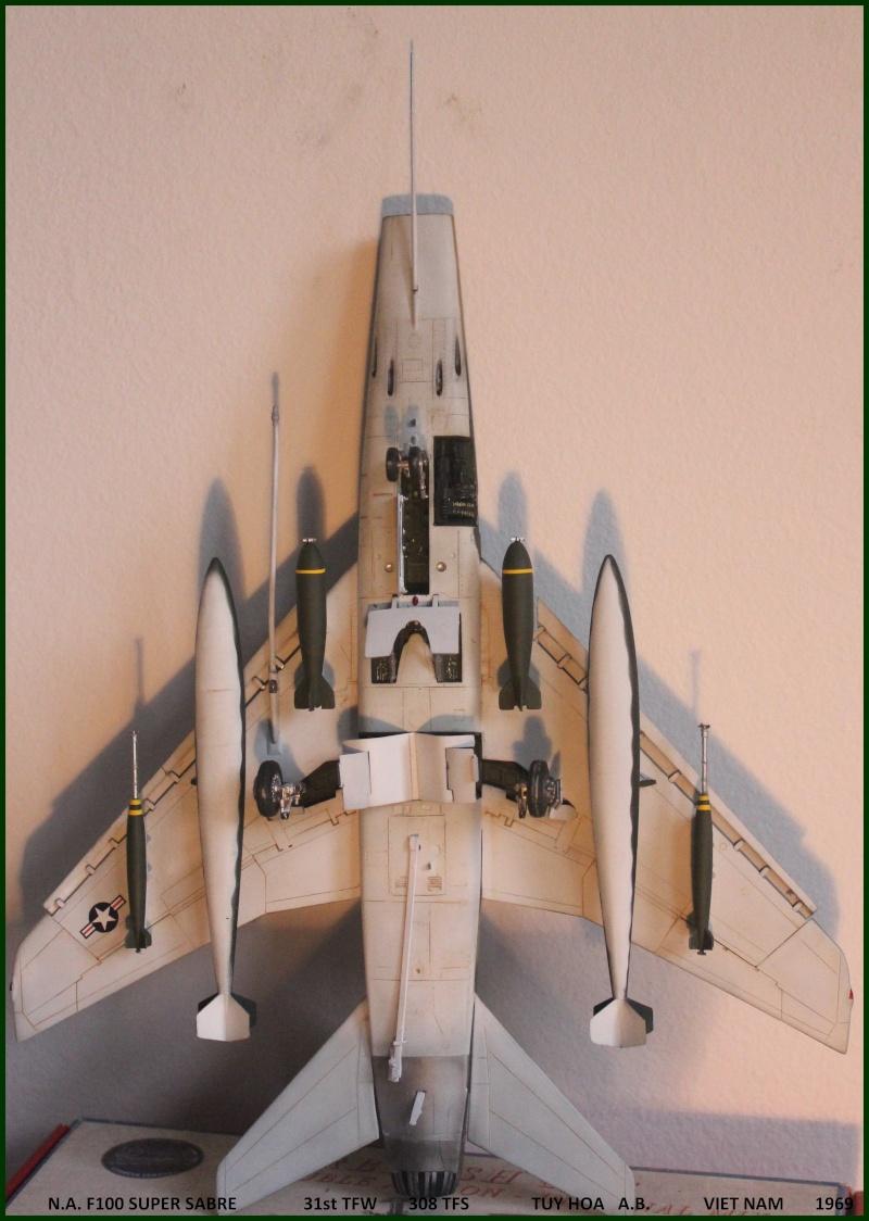F 100 SUPER SABRE 1/48 Monogram - Page 3 F100fi10