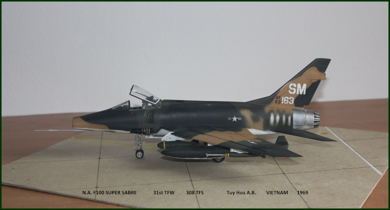 F 100 SUPER SABRE 1/48 Monogram - Page 3 F110