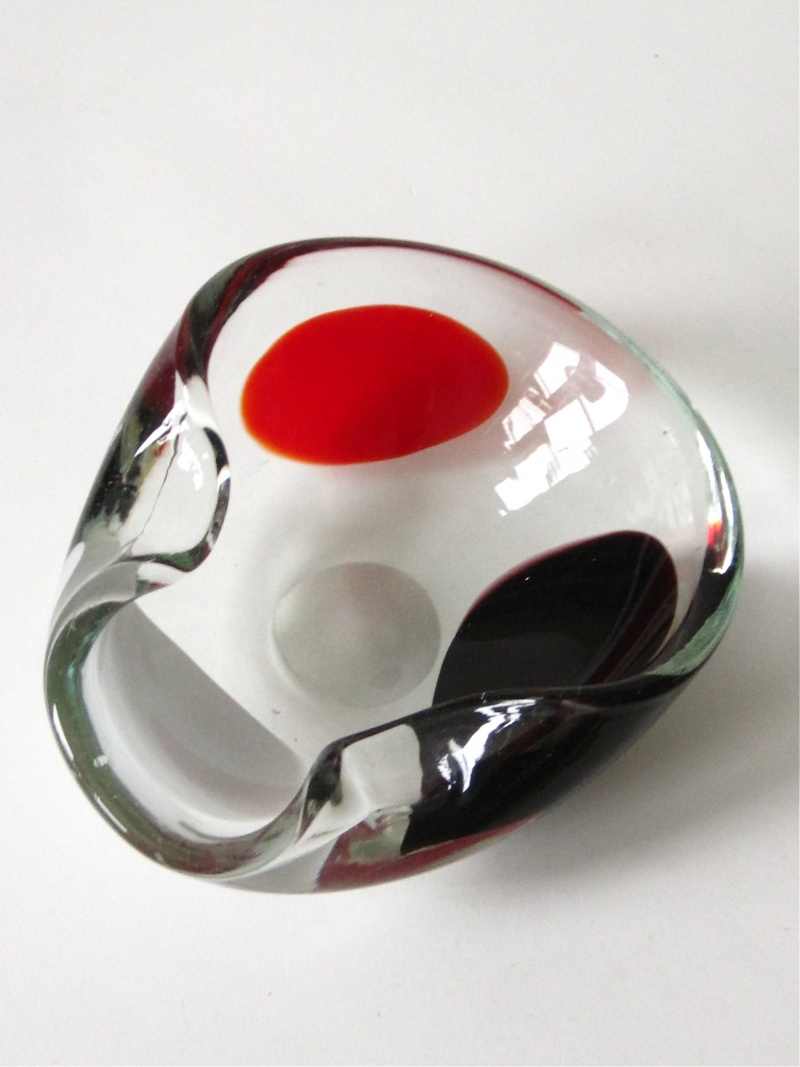 "Italian Murano ""Spotted"" Bowl Img_1423"