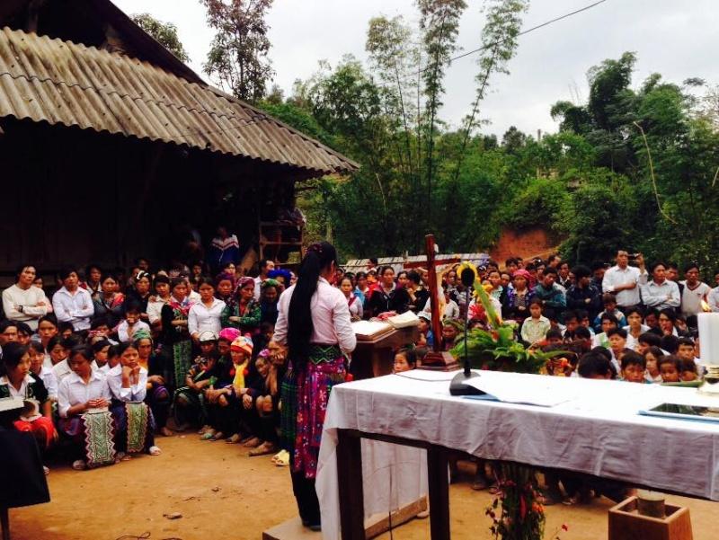 HMOOB CATHOLIC NYOB COB TSIB TEB (Hmong Catholic Vietnam) - Page 6 Cobtsi11