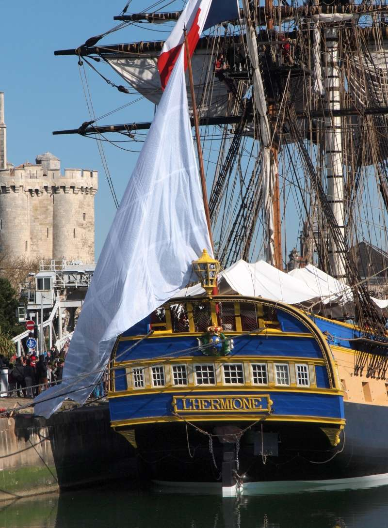 De Passage à la Rochelle le 14-04-2015 avant le départ de L'Hermione 511