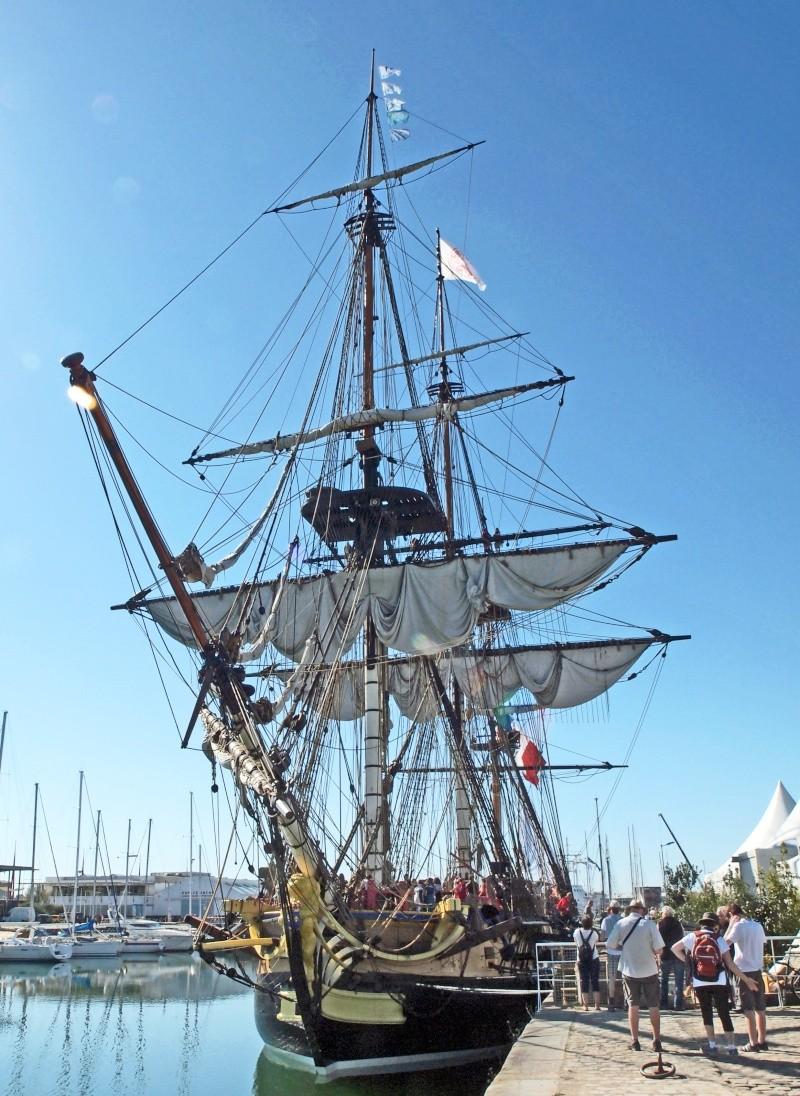 De Passage à la Rochelle le 14-04-2015 avant le départ de L'Hermione 811