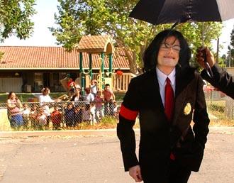 Il sorriso di Michael - Pagina 16 2004ap10