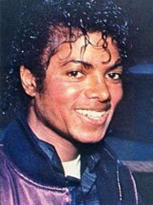 Il sorriso di Michael - Pagina 16 Sorris17