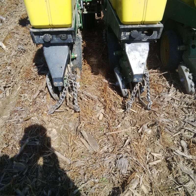 préparation maïs grains en direct derriére précédent maïs Img_2028