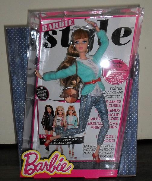 Les Barbie d'Anubislebo - Page 4 Sam_2820