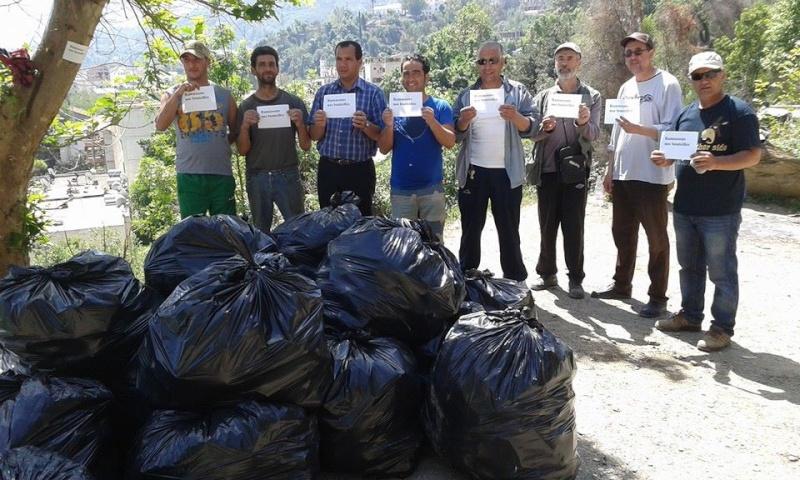 volontariat de nettoyage de la route du Cap à Aokas le 02 mai 2015 227