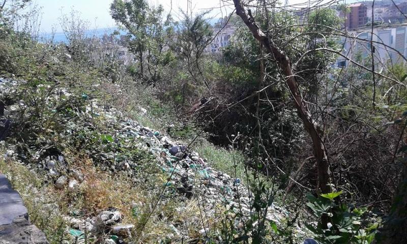 volontariat de nettoyage de la route du Cap à Aokas le 02 mai 2015 235