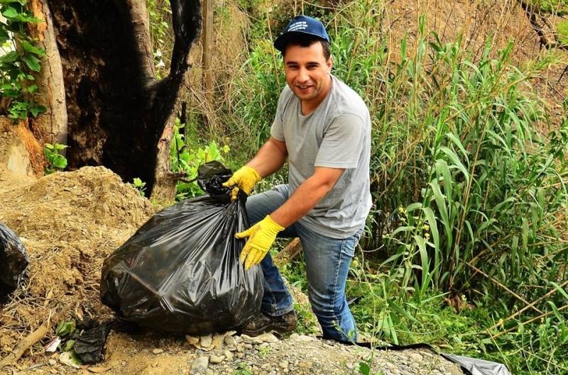 volontariat de nettoyage de la route du Cap à Aokas le 15 mai 2015 - Page 3 564