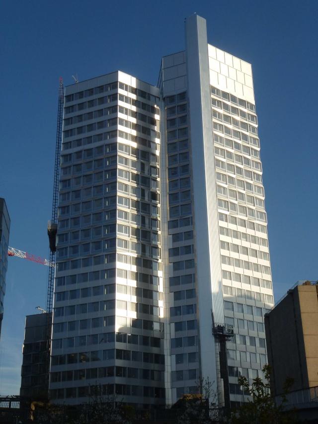Immeuble Citylights (tours) - Page 4 P1340714
