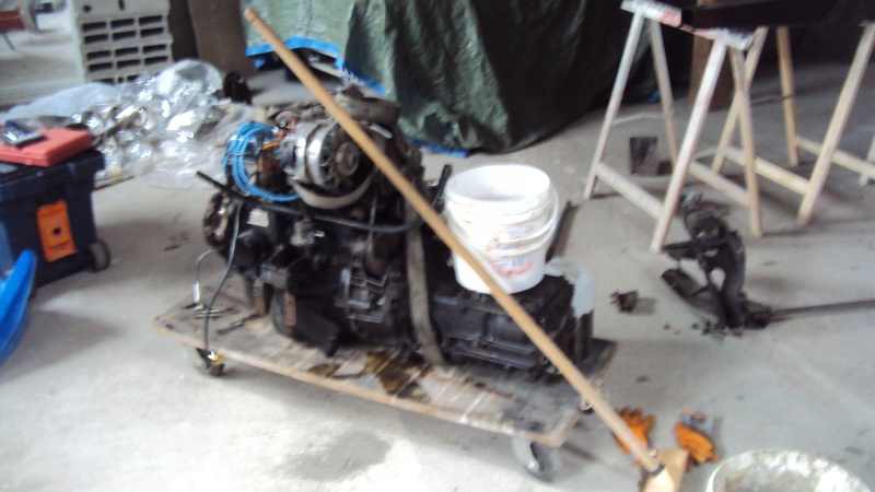 GRANDES MANOEUVRES CHANGEMENT CHASSIS Dsc06112