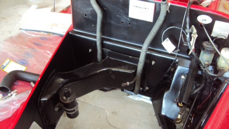 GRANDES MANOEUVRES CHANGEMENT CHASSIS Dsc06126