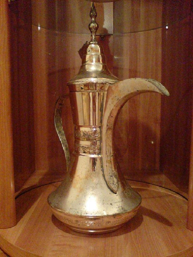 نـــظرة تأريخية للقهوة العربية Oiuu_o11