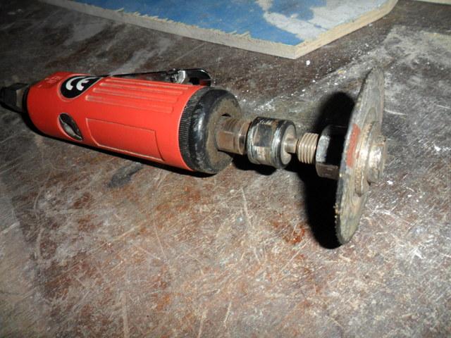 vos garages et outils ... Sam_9207