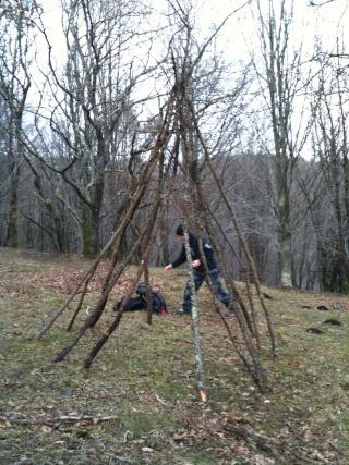 [Abri] Hutte de camp de base façon tchoum sibérien Img_0112