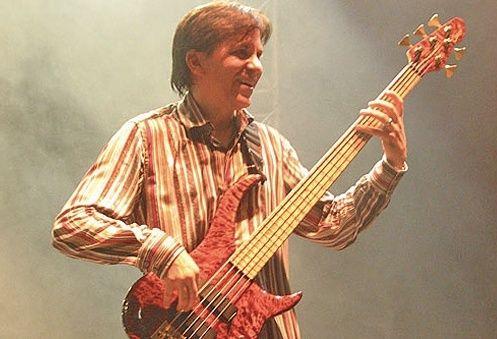 E morto Mike Porcaro, storico bassista della band Toto. 10348210