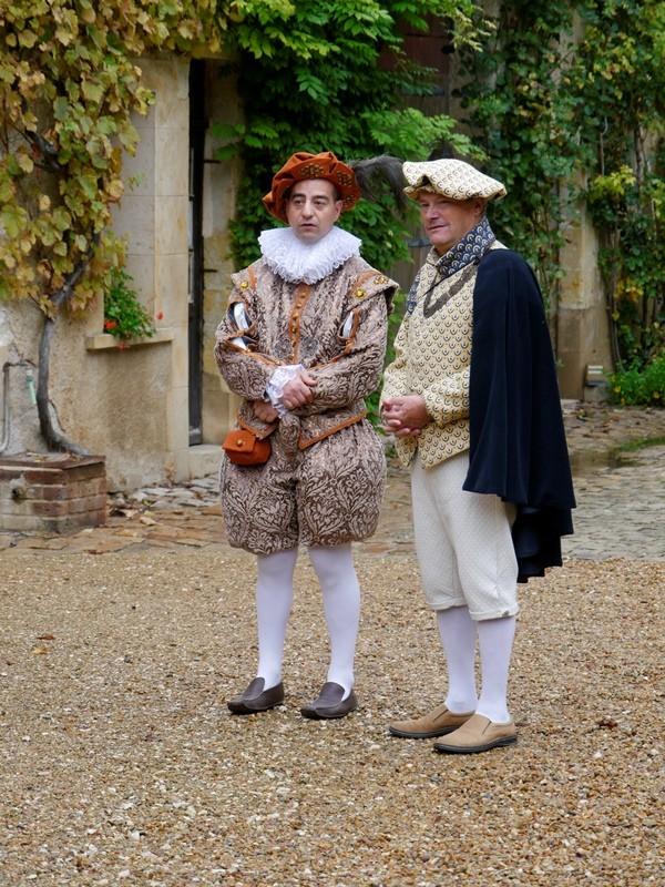 Bal Renaissance Chateau de  Courtanvaux le 20 Octobre 2012, les photos ! - Page 2 _1060310