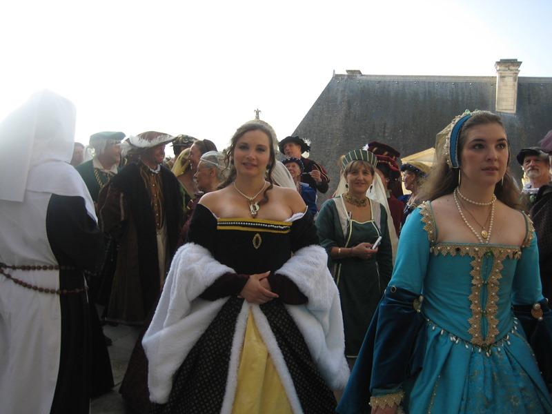 le bal de Versailles à Chambord, Octobre 2010 - Page 2 Chambo33