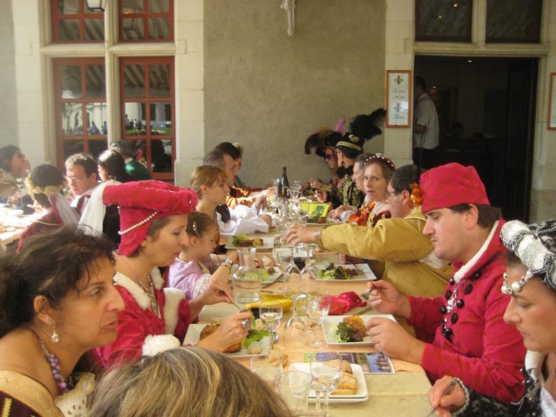le bal de Versailles à Chambord, Octobre 2010 - Page 2 Chambo36
