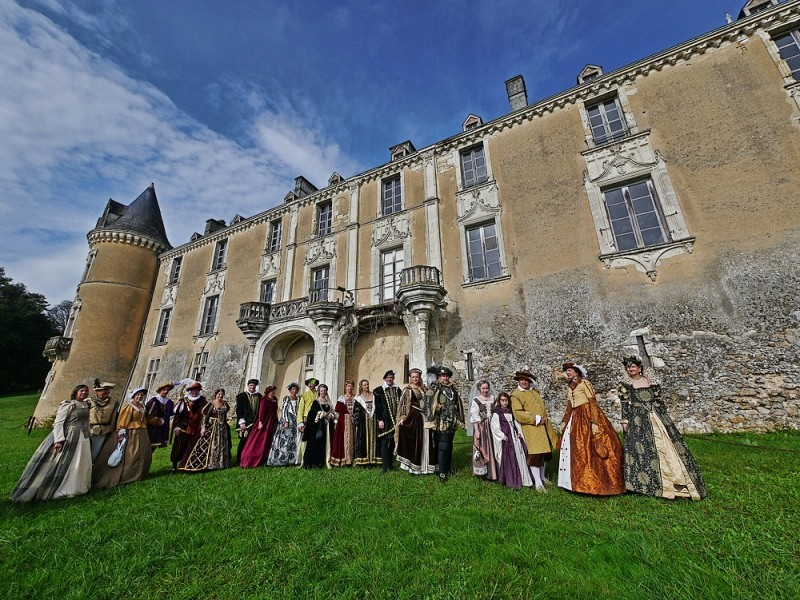 Bal Renaissance Chateau de  Courtanvaux le 20 Octobre 2012, les photos ! - Page 2 F-123010